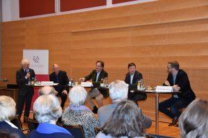 """Bei der Podiumsdiskussion der Schleswig-Holsteinischen Rechtsanwaltskammer ging es um das Thema """"Politische Bildung-Demokraten fallen nicht vom Himmel."""""""