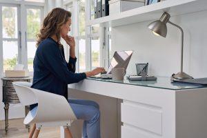 Auch im Home-Office sollten Arbeitnehmer ihre Rechte und Pflichten kennen.